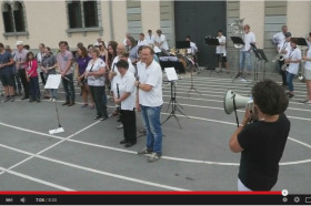 Klarinetten Flashmob in Teufen - YouTube - Mozilla Firefox 20.06.2015 091154