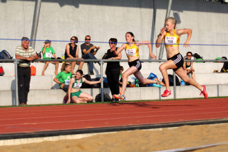Lena Marie Rosenfelder und Nora Weber sprinten aufs Podest